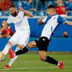 Real Madrid menghancurkan mimpi Alaves meraih poin didepan publiknya dalam laga pembuka La Liga 2021-2022.