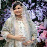 Kabar duka datang dari Gubernur Sumsel Herman Deru. Putri sulungnya, Percha Leanpuri meninggal dunia usai melahirkan bayi kembar dan menjalani perawatan medis di rumah sakit (RS), Kamis (19/8/2021) sore sekitar pukul 17.48 WIB.