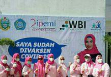 Ikatan Pengusaha Muslimah Indonesia (IPEMI) Sumut menggelar vaksinasi Covid-19 tahap I untuk pengurus dan anggota IPEMI serta masyarakat umum, di Politeknik Wilmar Business Indonesia (WBI) Deli Serdang, Rabu (1/9/2021)