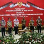 Presiden RI Joko Widodo menghadiri pertemuan Majelis Rektor Perguruan Tinggi Negeri Indonesia (MRPTNI), Senin (13/9/2021).