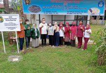 Tim Pengabdian kepada Masyarakat (PkM) dari Universitas Sumatera Utara (USU) memberikan ilmu pengolahan sampah daun-daun kering untuk diolah menjadi pupuk kompos dengan proses fermentasi di SMA 1 Bangun Purba.