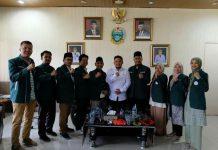 """Pimpinan Wilayah Ikatan Sarjana Al Washliyah (PW ISARAH) Sumatera Utara (Sumut) berkunjung ke kantor Dinas Pemuda dan Olahraga Provinsi Suamtera Utara (Disporaprovsu) untuk menyampaikan program """"Sarjana Penggerak"""" yang sedang dirumuskan oleh PW ISARAH, Selasa (14/9/2021)."""