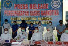 Salah satu tersangka yang memasok narkoba jenis ganja pada saat penggerebekan di Fakultas Ilmu Budaya (FIB) Universitas Sumatera Utara (USU) mengaku menjual ganja untuk membayar uang kuliah.