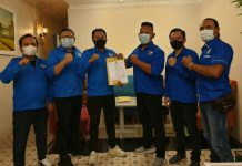 Caretaker Dewan Pengurus Daerah (DPD) Komite Nasional Pemuda Indonesia (KNPI) Kota Medan menyerahkan Surat Keputusan (SK) kepada lima caretaker Dewan Pengurus Kecamatan (DPK), Selasa (12/10/2021) malam.
