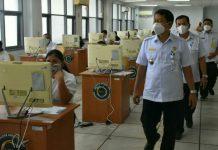 Sekdakab Langkat, Indra Salahudin meninjau pelaksanaan ujian seleksi kompetensi dasar CPNS di 13 formasi jajaran Pemkab Langkat di Kantor Regional VI BKN Medan, Selasa (12/10/2021).